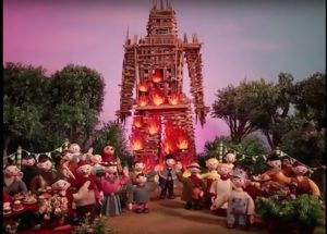 RH_Burn_Witch_007 Radiohead - Burn The Witch (Music Video) Radiohead – Burn The Witch (Music Video) RH Burn Witch 007 300x215